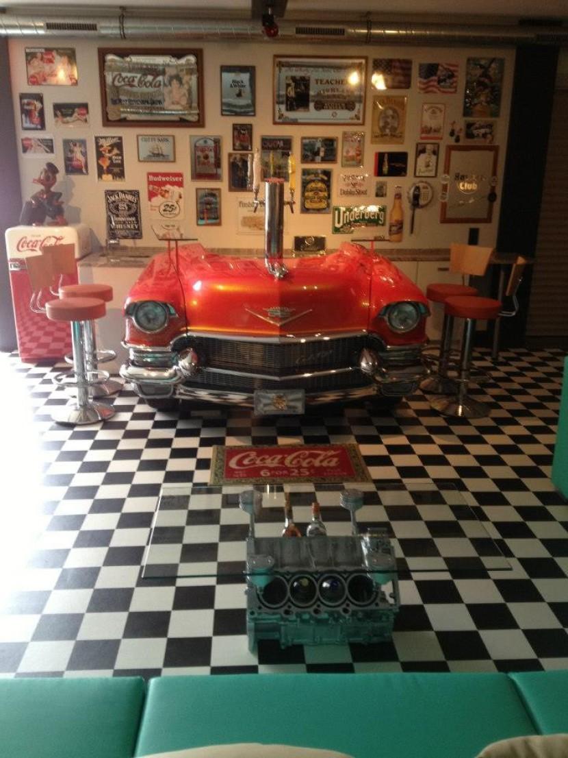 Fotos Motortisch, Motor Tisch, Designmöbel, V6 Motortisch